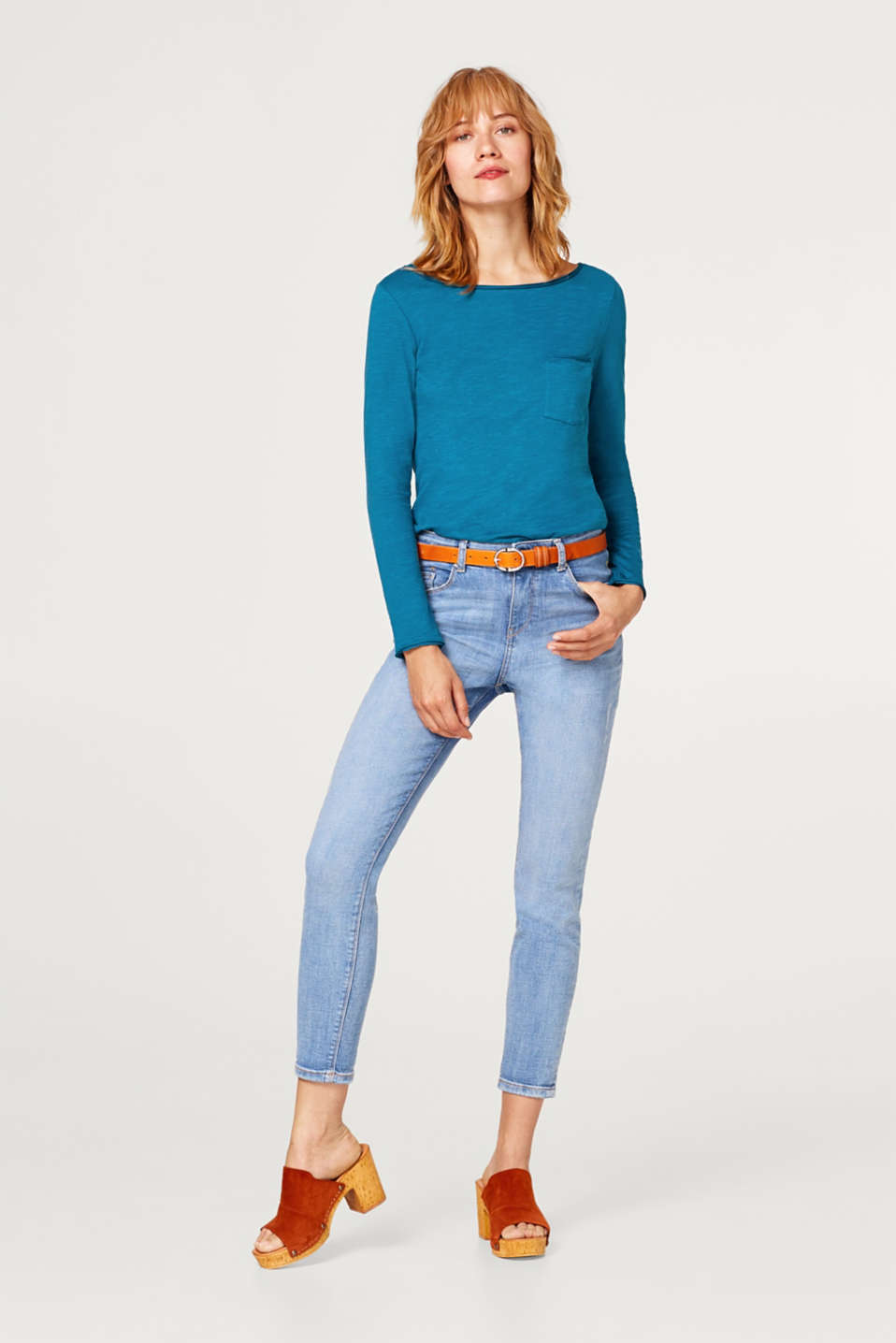 Casual long sleeve top made of 100% cotton