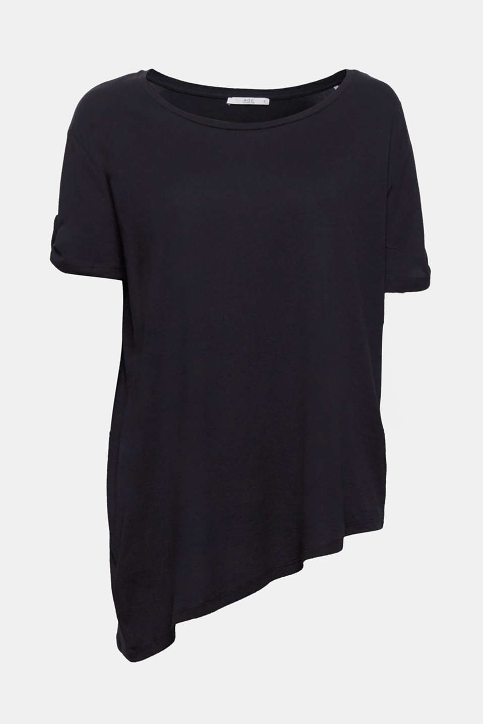 A T-shirt with the genuine wow factor! Thanks to the sophisticated, asymmetric cut, this T-shirt is a genuine style hit.