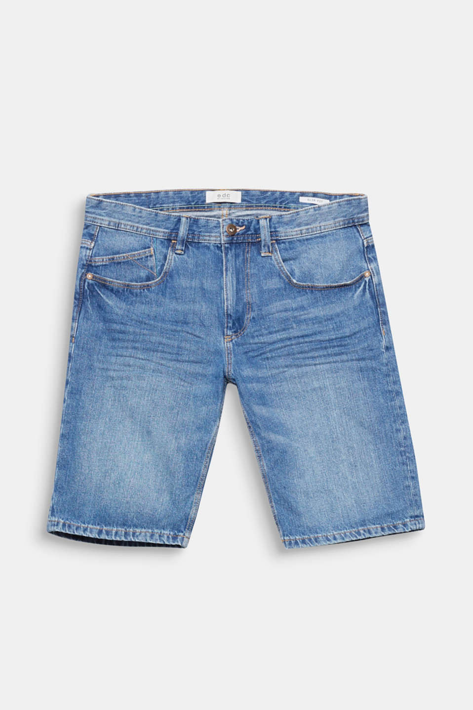 We love Denim! Klassischer Denim mit modernen Washed-Out-Effekten - dein daily Essential für den Sommer.