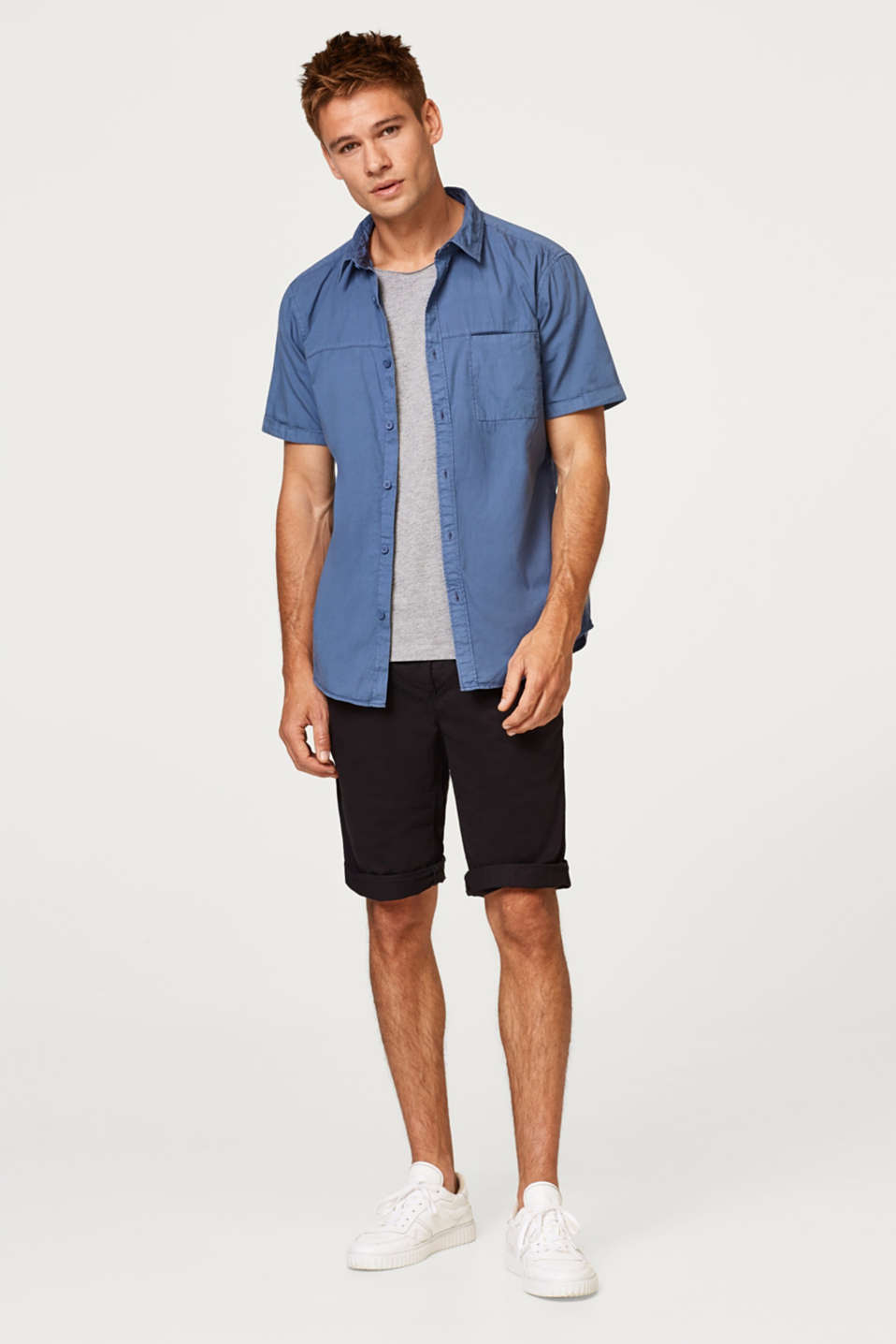 Fitted short sleeve shirt in 100% cotton