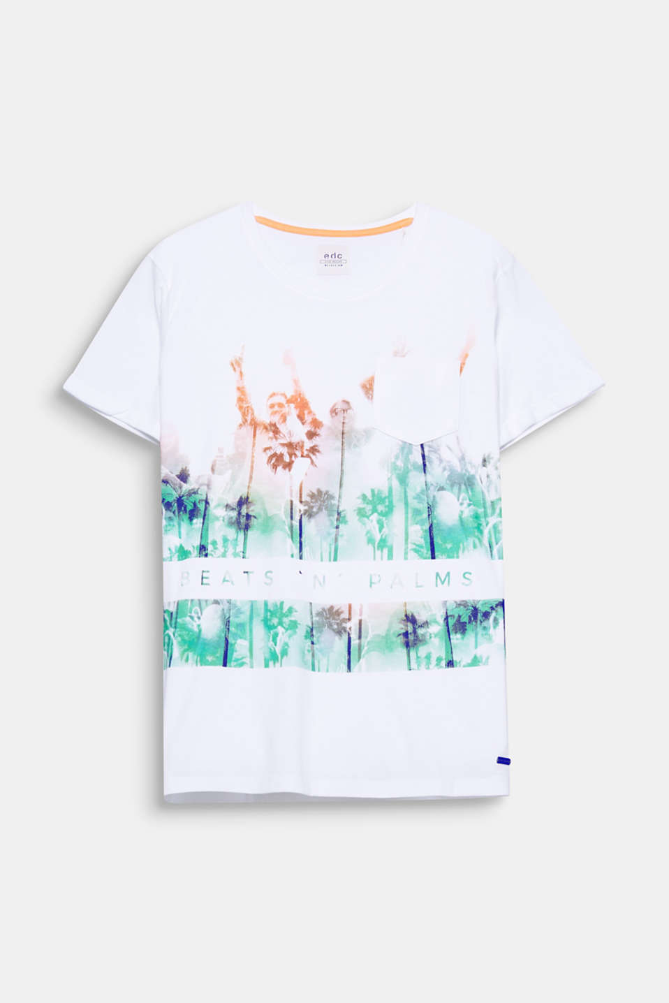Beats and palm trees – the bold statement photo print on this cotton top gets you ready for the summer festival season perfectly.