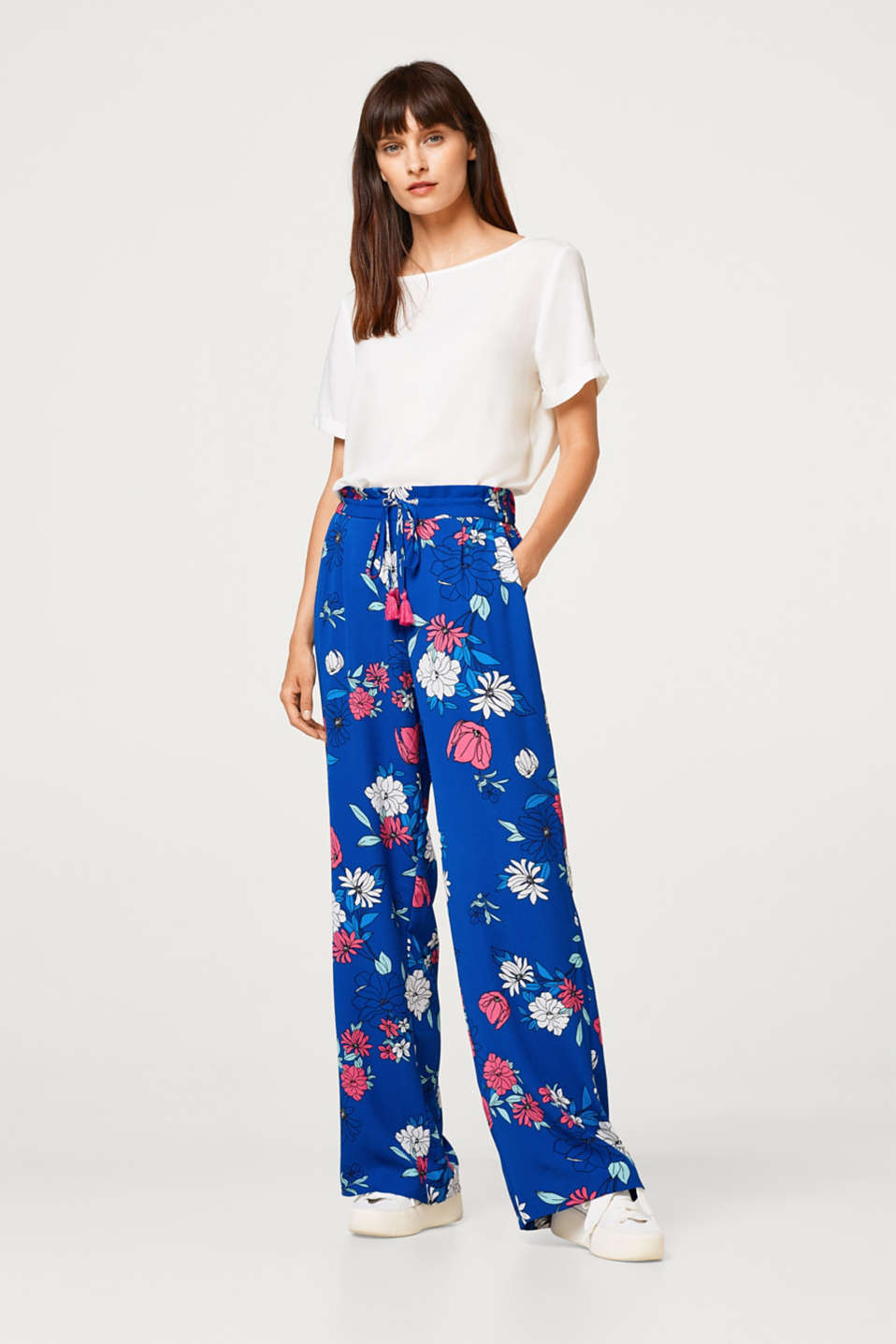 Esprit - Crêpe trousers with drawstring waist