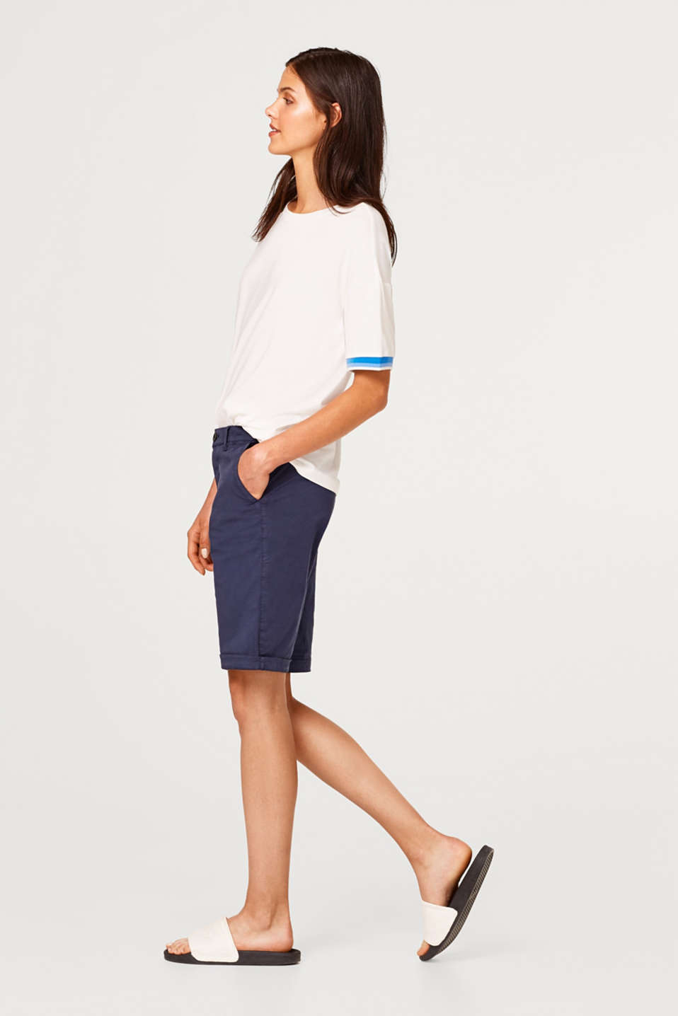 Esprit - Bermuda shorts in a garment-washed look, in stretch cotton