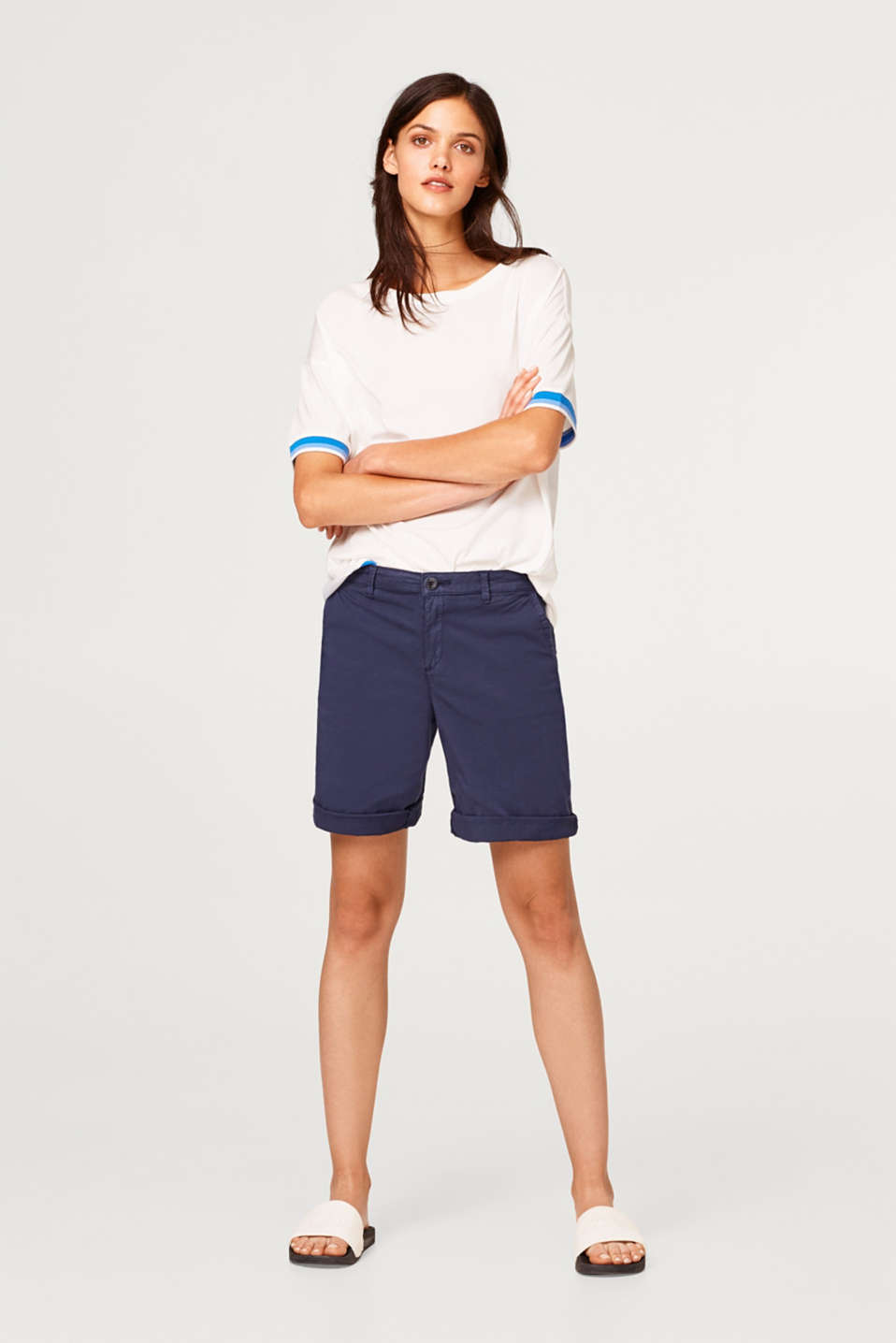 Bermuda shorts in a garment-washed look, in stretch cotton