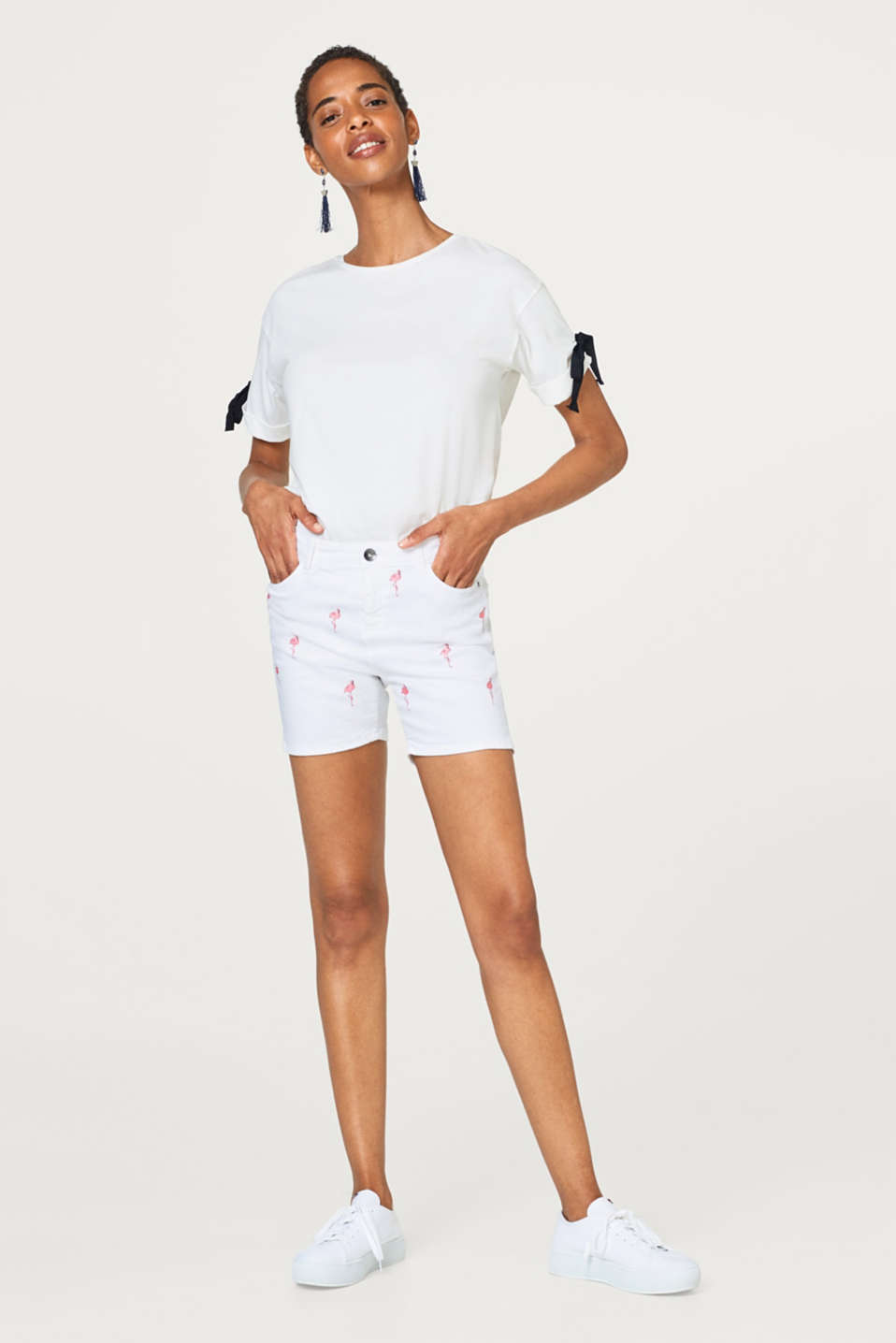 Esprit - Stretch cotton shorts with embroidery