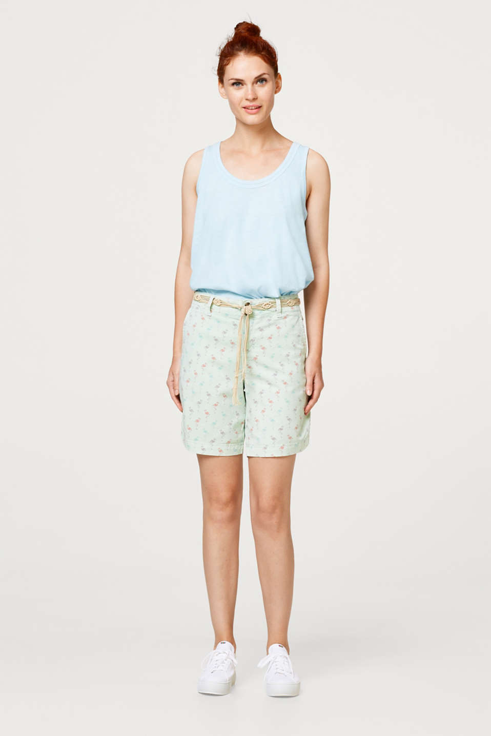 Casual shorts with a print and macramé belt