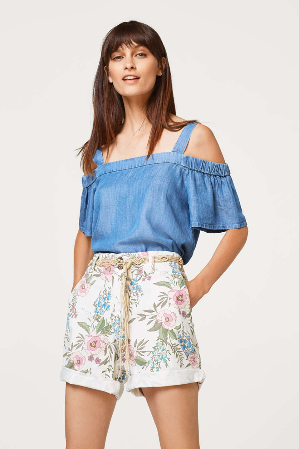 Esprit - Printed stretch cotton shorts with a belt