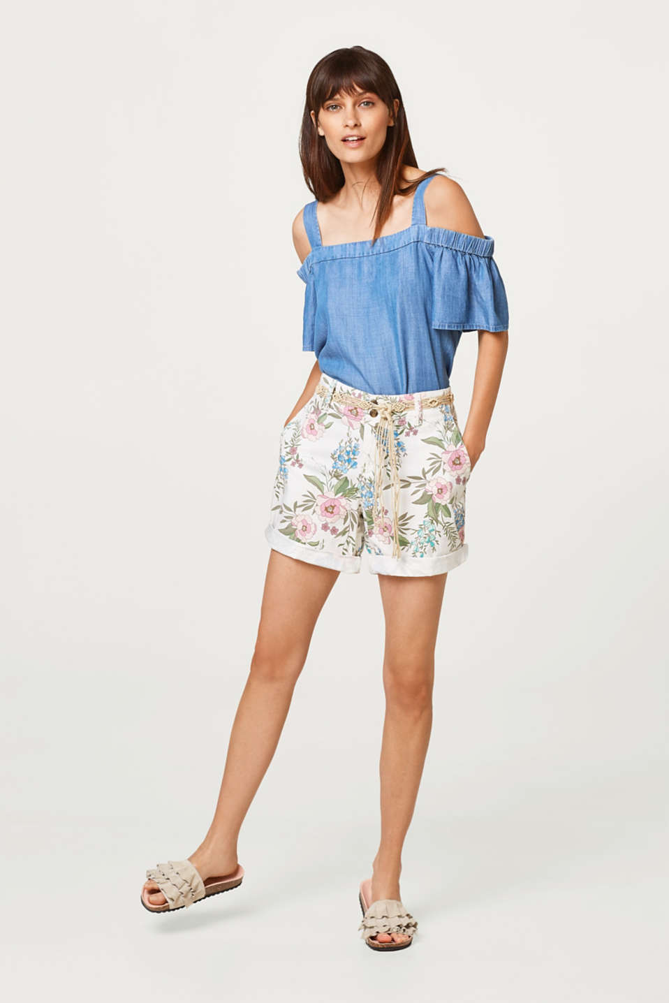 Printed stretch cotton shorts with a belt
