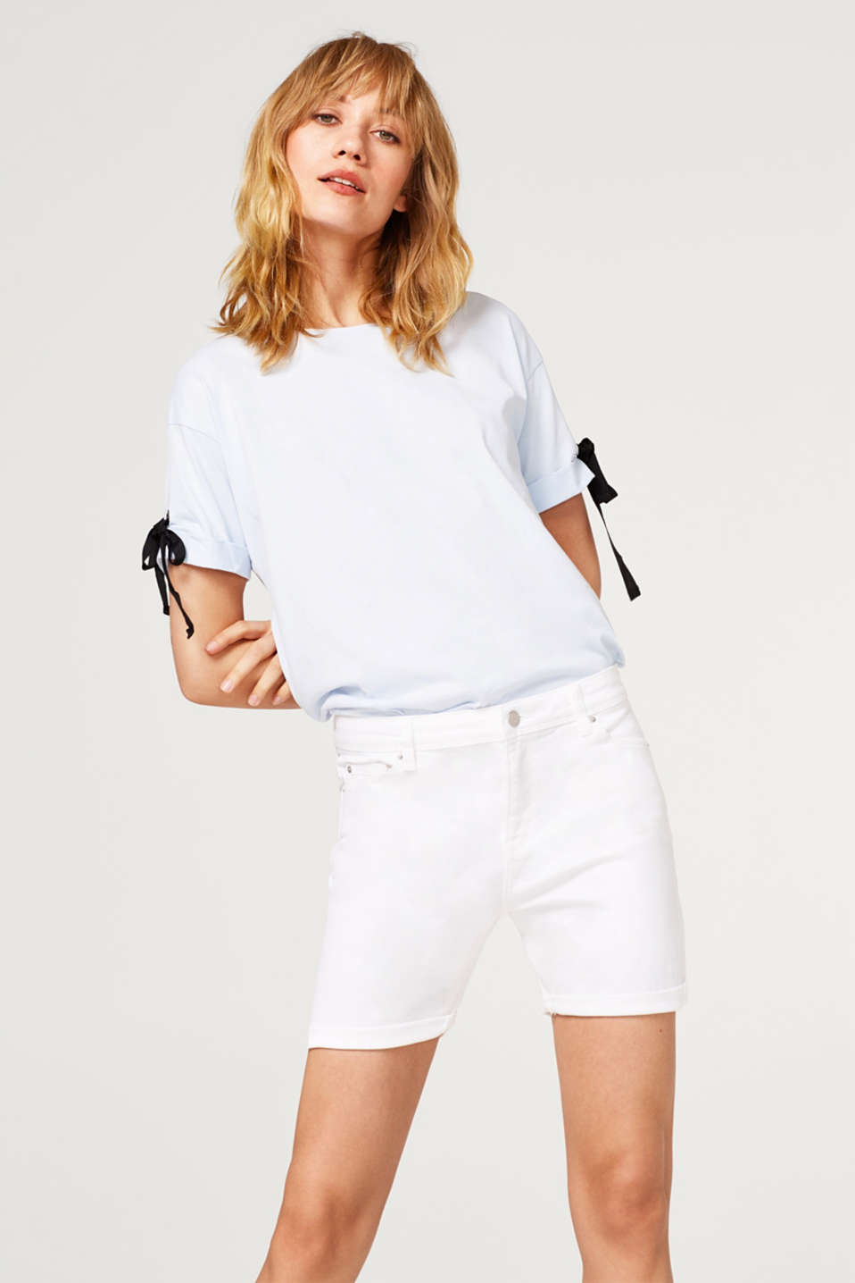 Esprit - White denim shorts with added stretch for comfort
