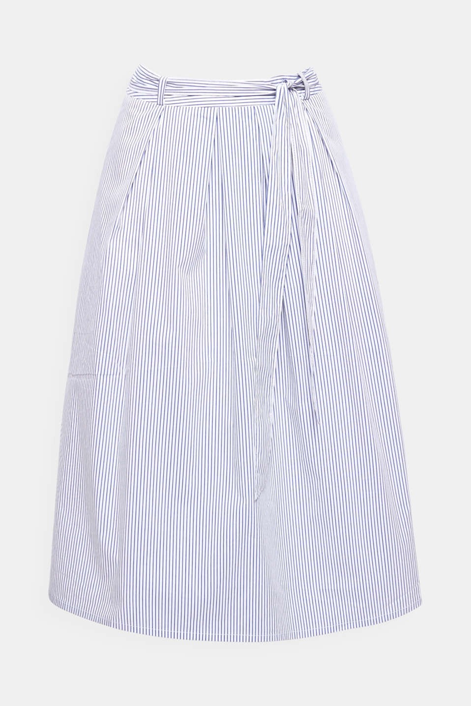 Nautical striped design in an on-trend midi length: This flared skirt with a tie-around belt exudes freshness and femininity!
