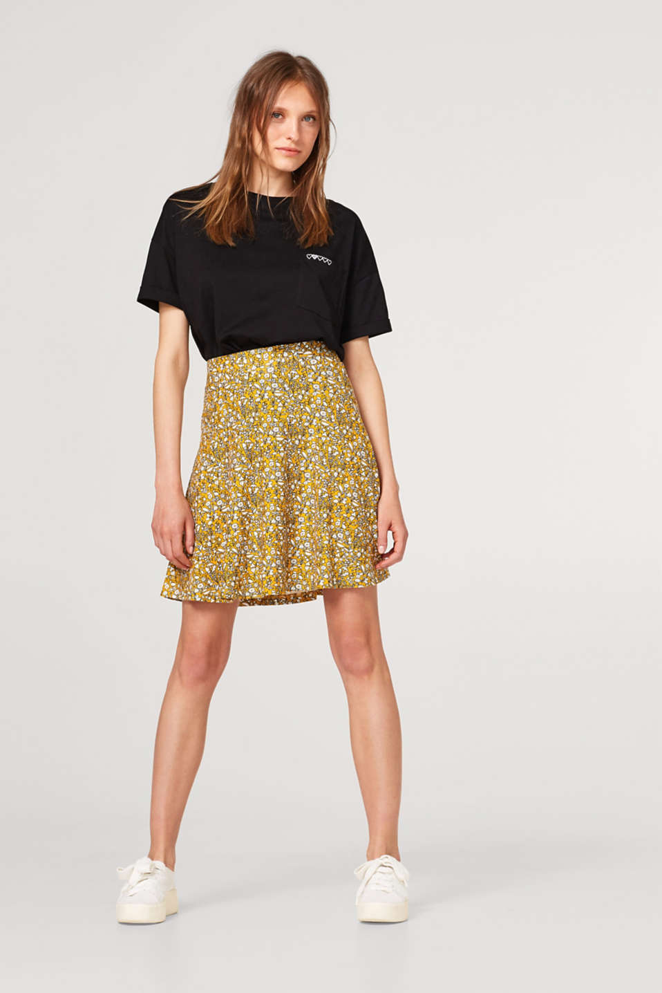 Swirling jersey skirt in an A-line