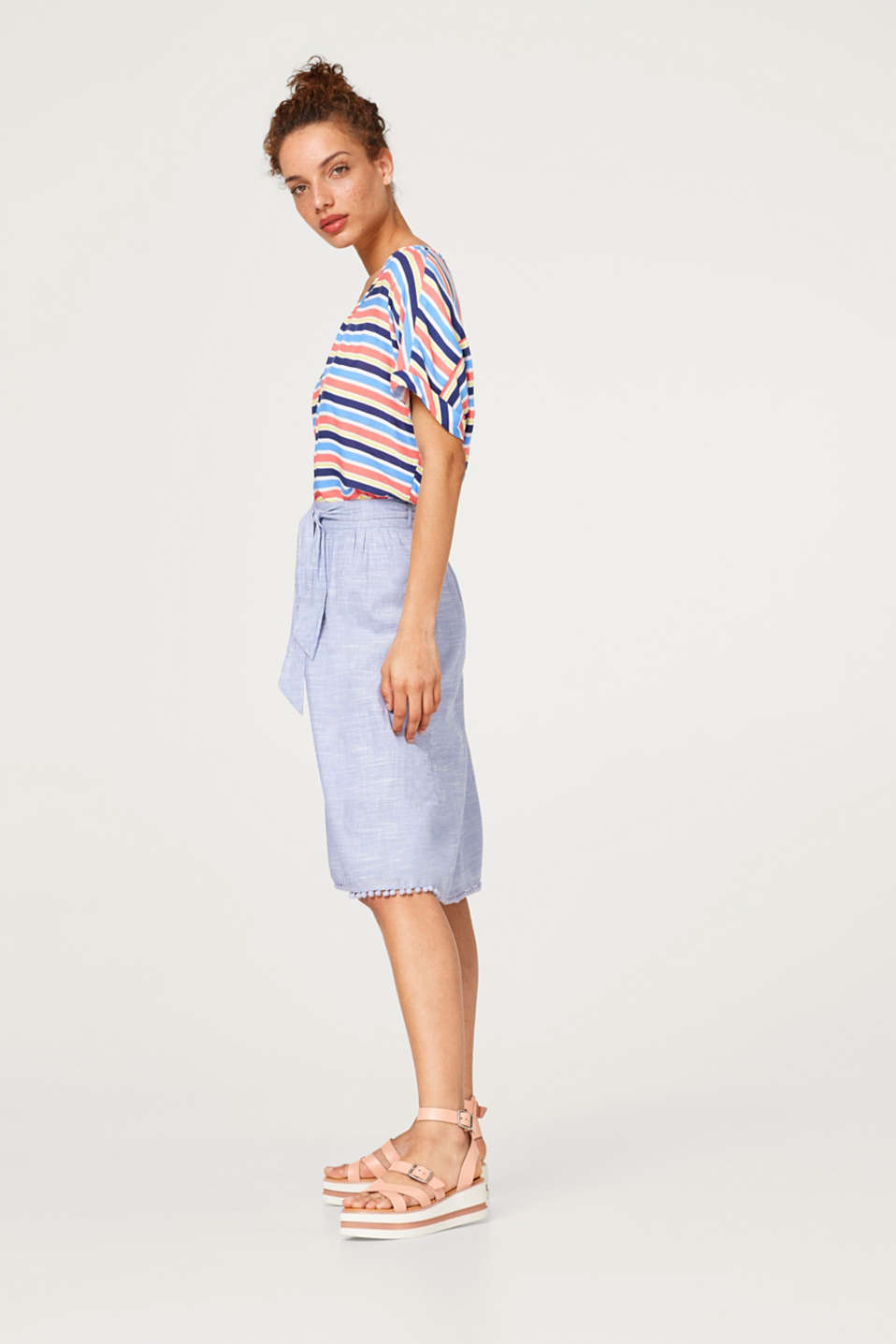 Esprit - Chambray skirt with a pompom hem, 100% cotton