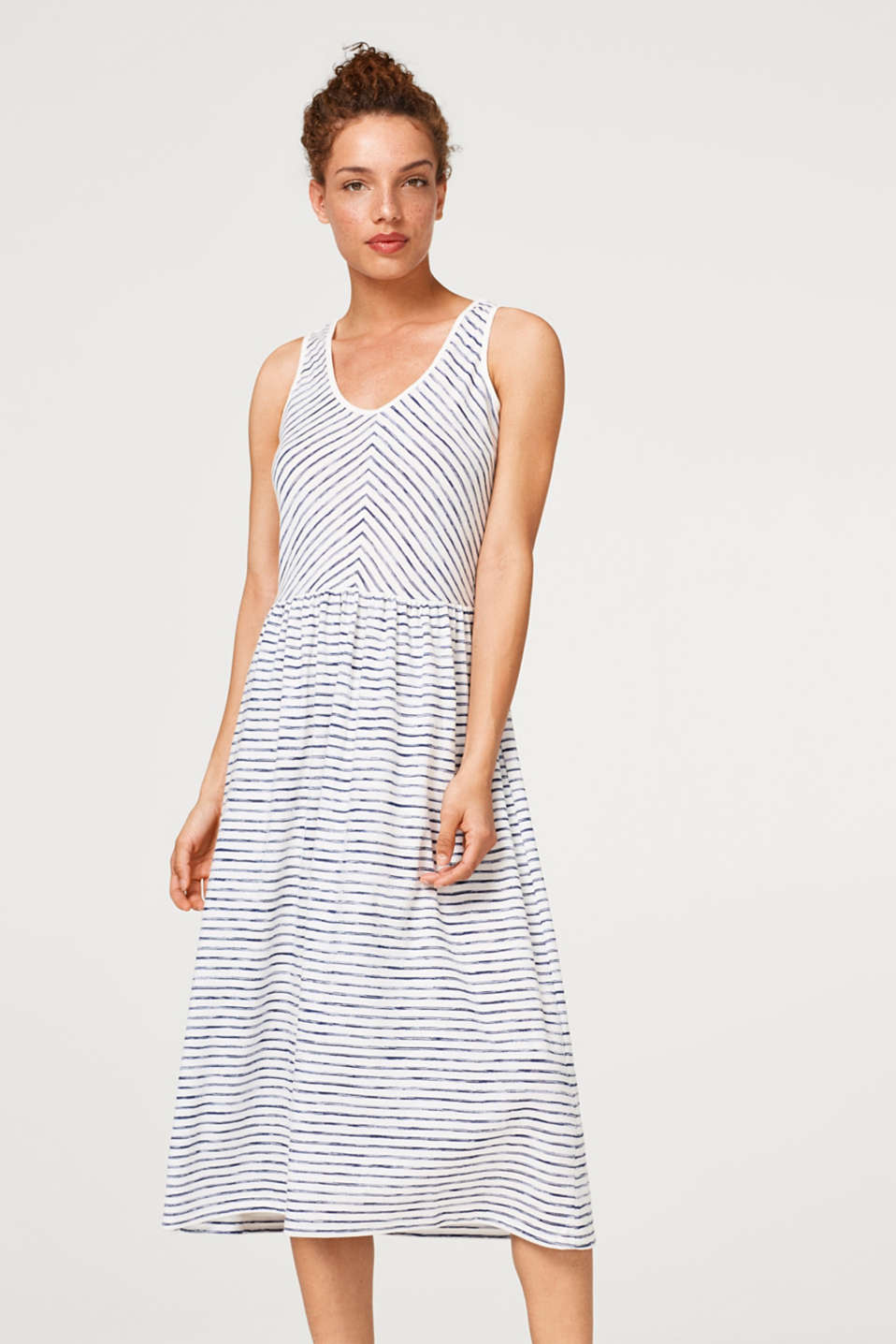 Esprit - Midi dress in striped jersey