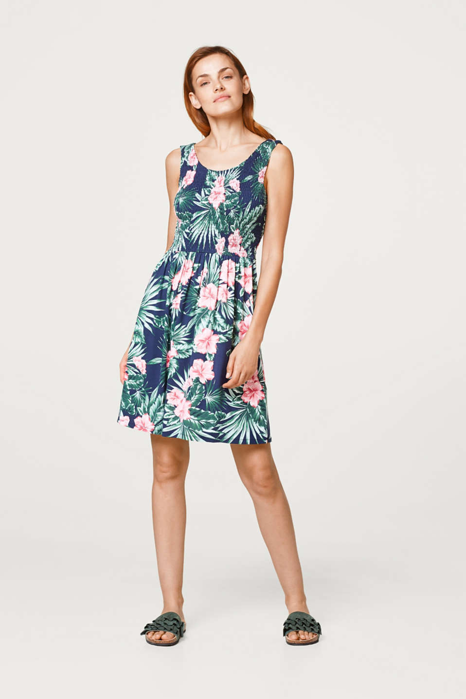 Esprit - Jersey dress with a colourful print and smock effect