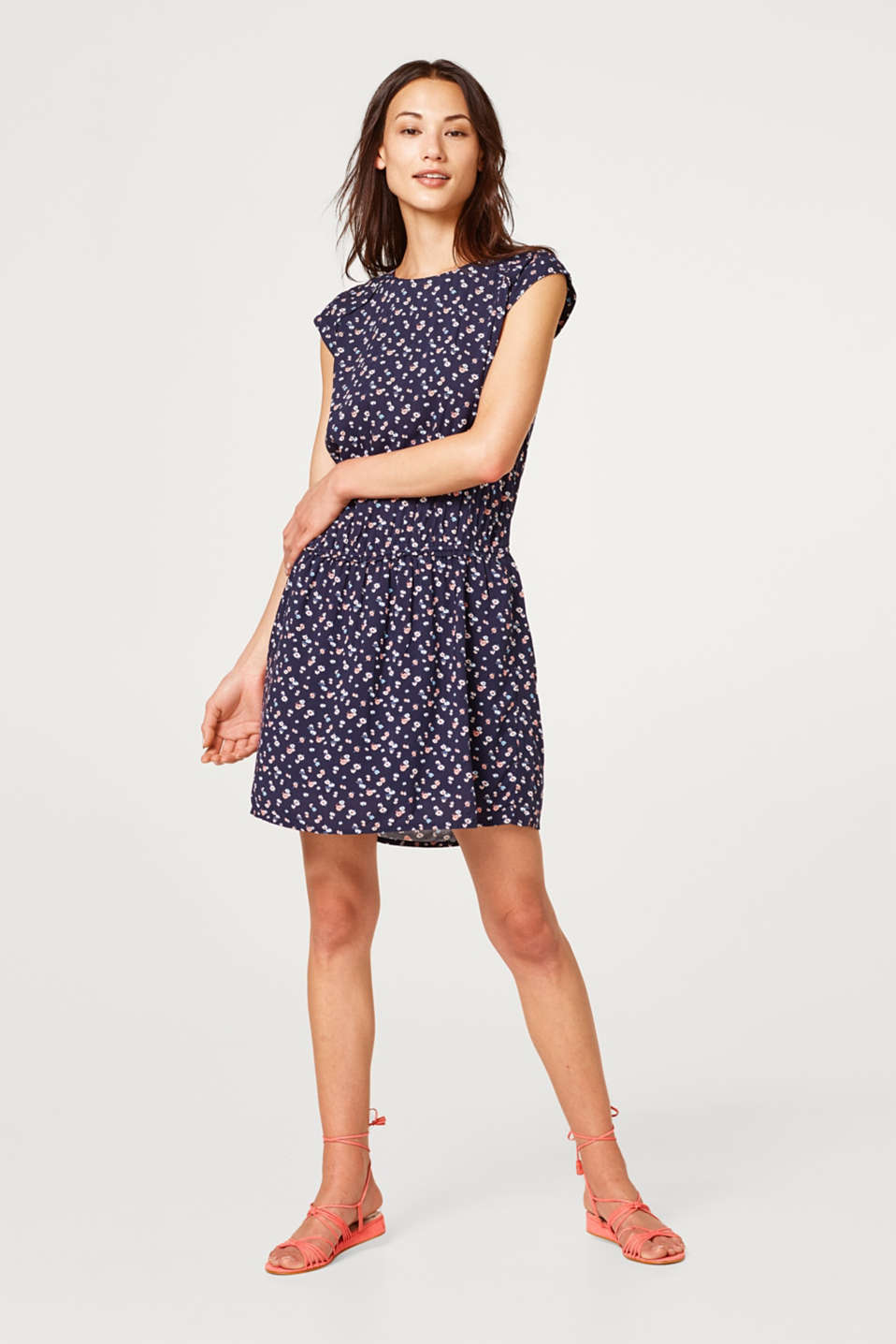Esprit - Floral dress with a deep-set waist