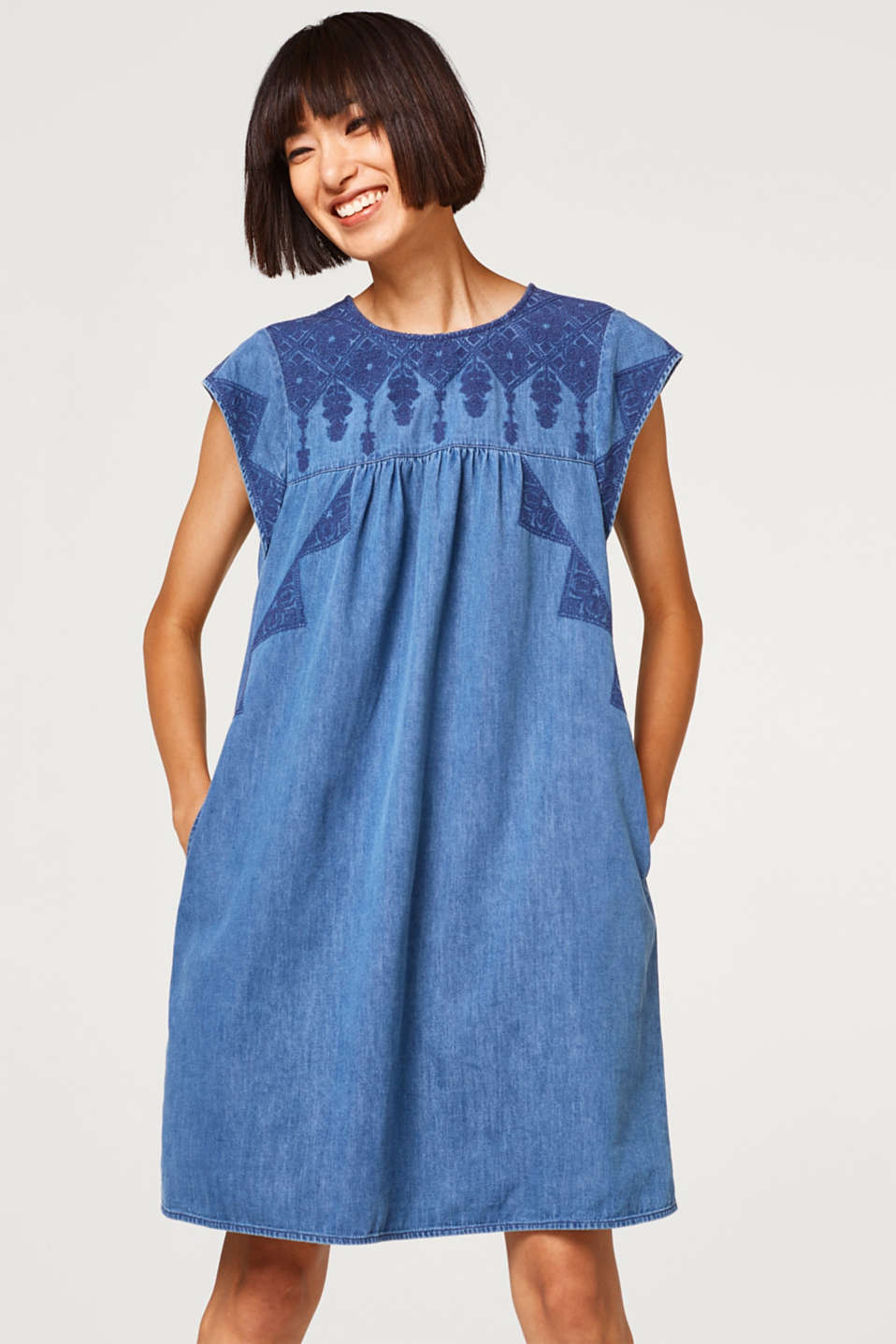 Esprit - Denim dress with geometric embroidery
