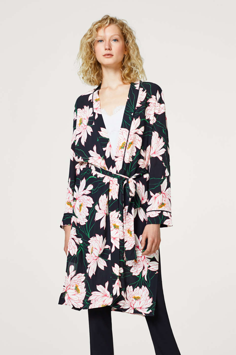 Esprit - Crêpe kimono with a floral print and belt