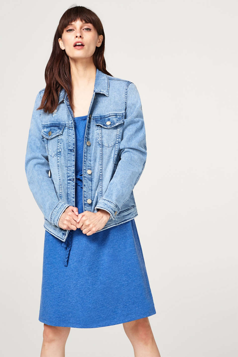 Esprit - Fitted stretch denim jacket in a vintage look