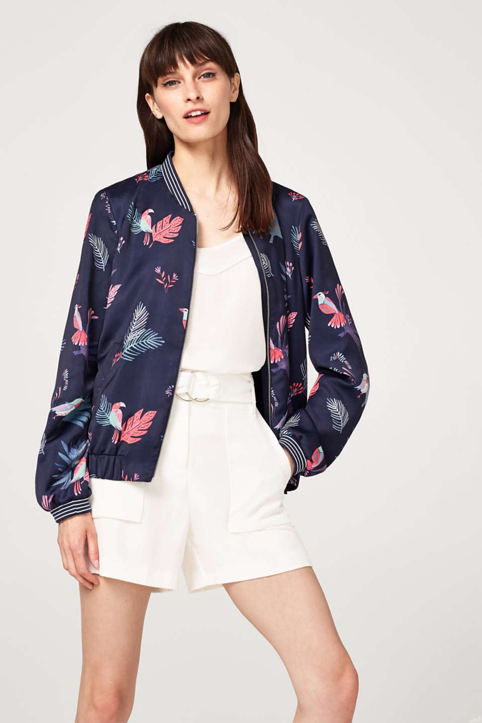Esprit - Bomber jacket with a colourful print plus ribbed cuffs and waistband