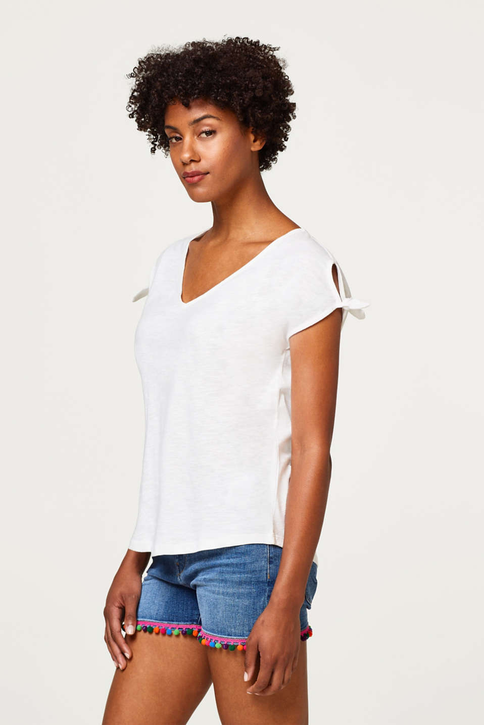 Esprit - 100% cotton slub T-shirt with cut-outs