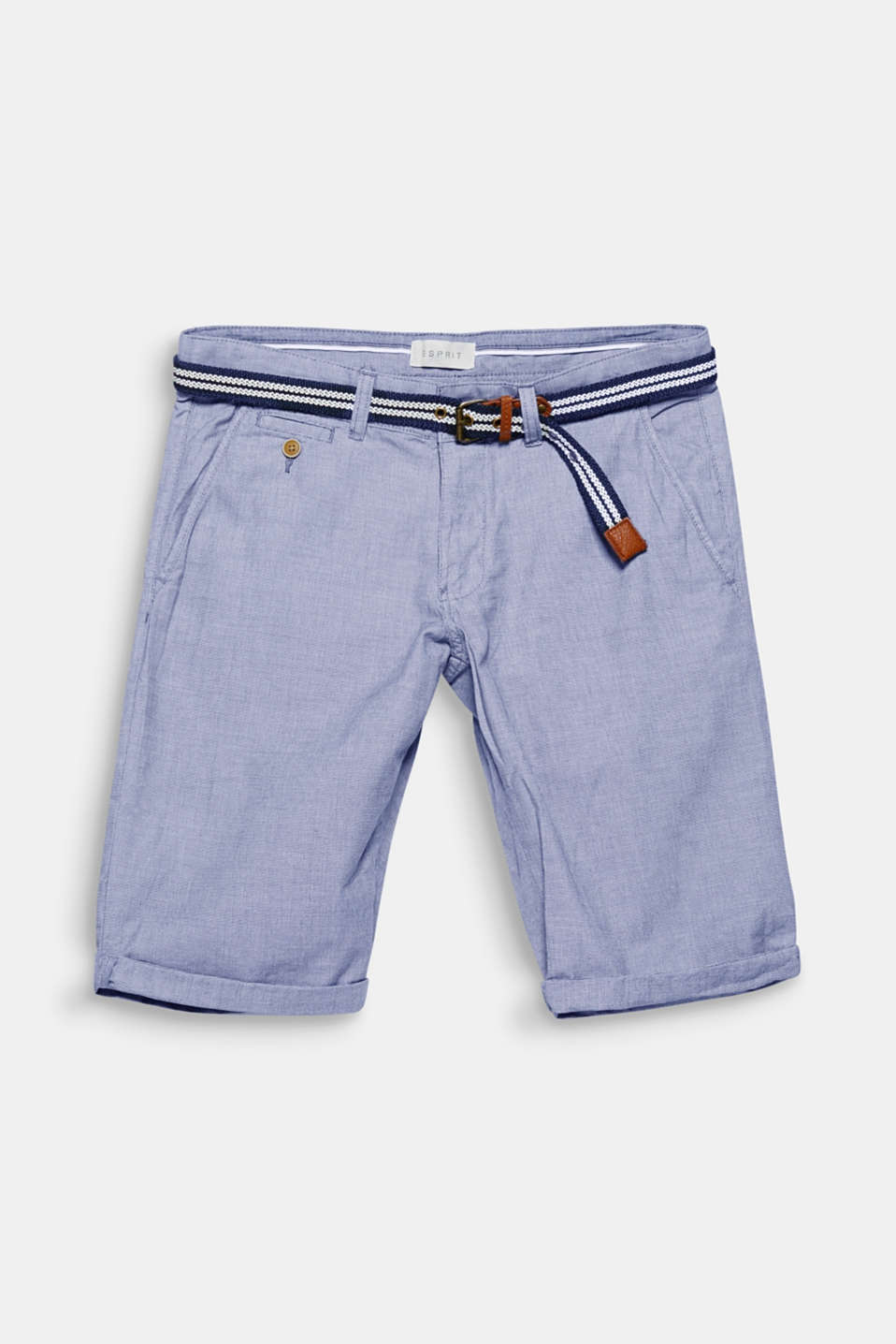 The fine latticework pattern and nautical striped belt give these Bermuda shorts a distinctive combination of patterns.