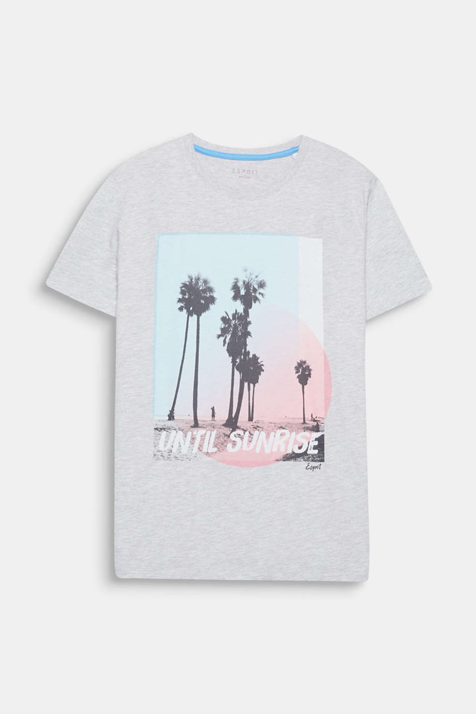 We're enjoying every minute of summer: until sunrise! One print, one statement: on this T-shirt made of a cotton blend.