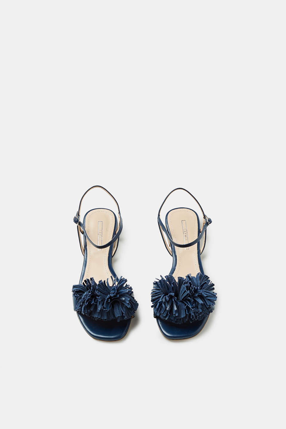 Flat sandals with fringe embellishment