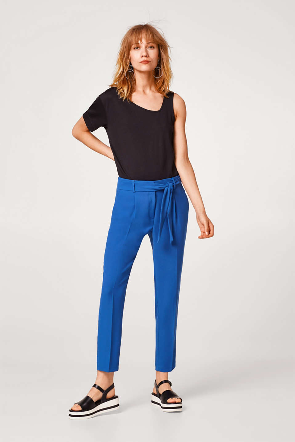 Soft crêpe trousers with a tie-around belt