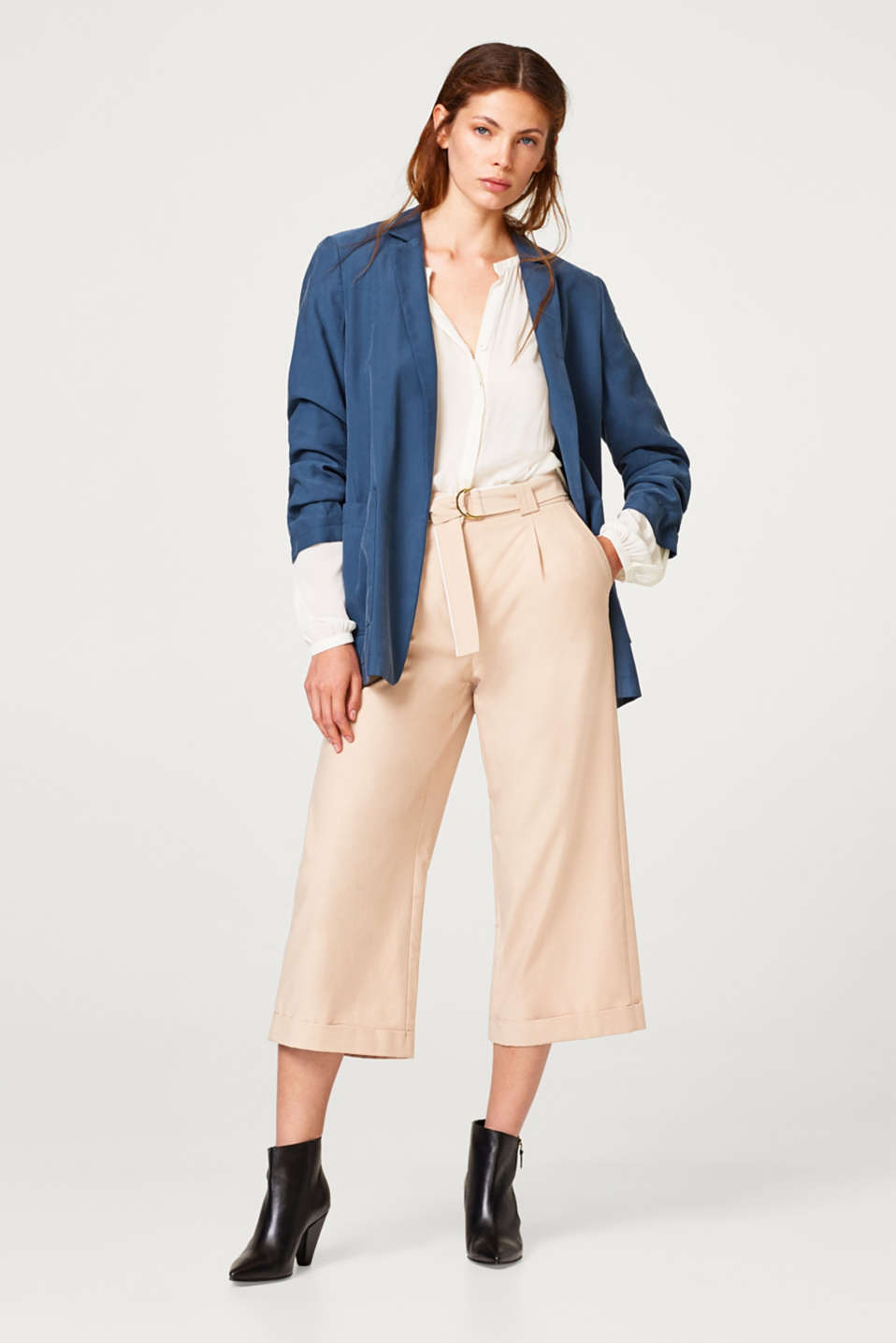 Culottes with new details