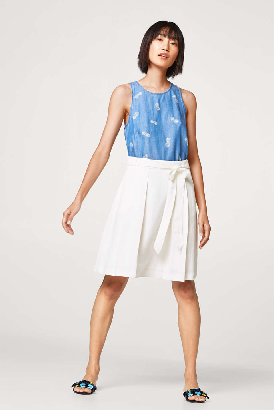 Esprit - Linen blend: Midi skirt in an A-line with a belt