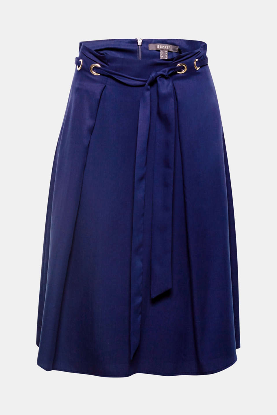Accentuated waist: Large metal eyelets and a tie-around belt accentuate the fashionable paper bag waistband of this swirling midi skirt!