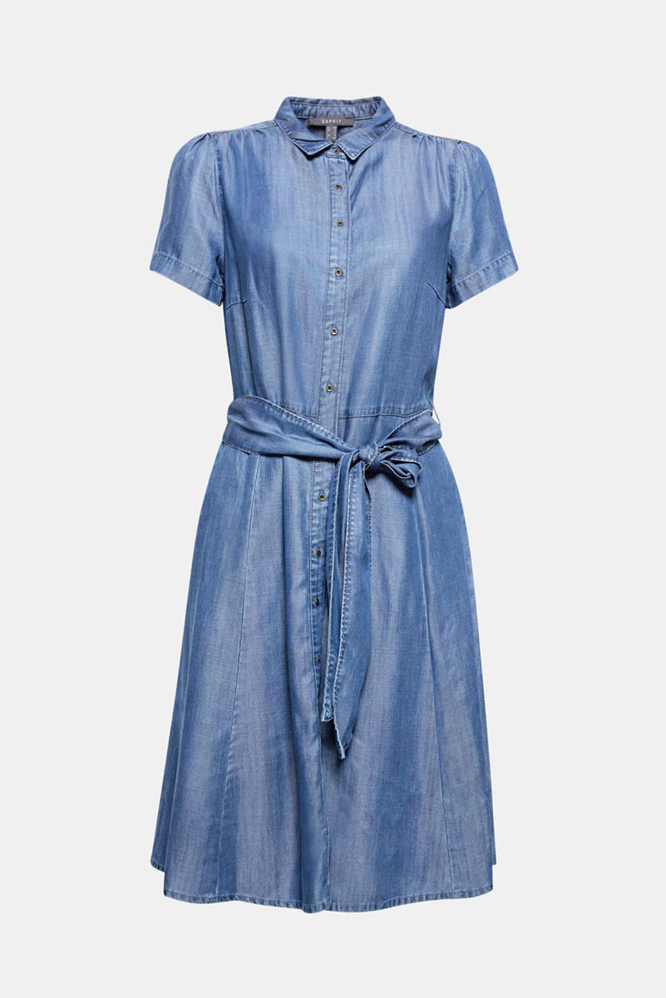 A summer dress for any occasion made of fluid lyocell fabric in a casual denim look with a button placket and wide tie-around belt.