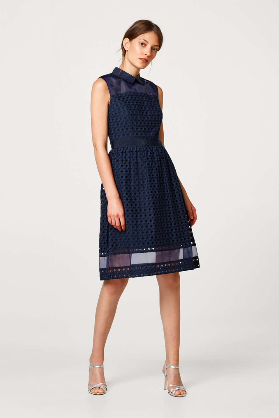 Esprit - Dress made of English lace with organza