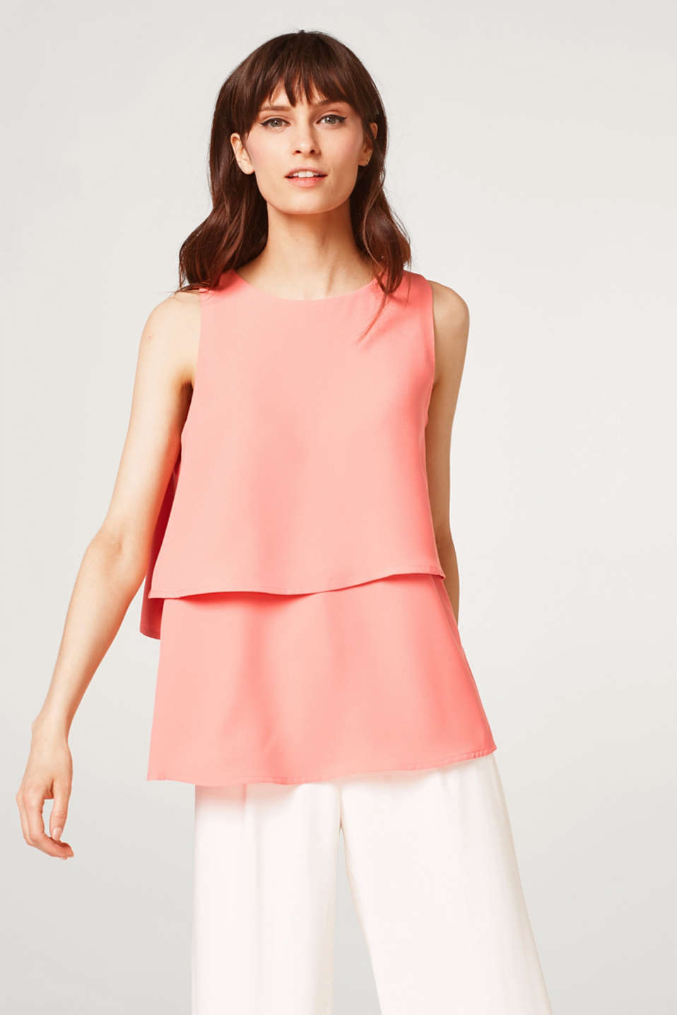 Esprit - Blouse top in crêpe with a layered effect