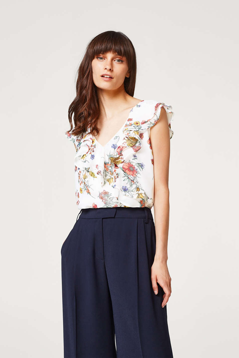 Esprit - Blouse top with a floral print and flounces