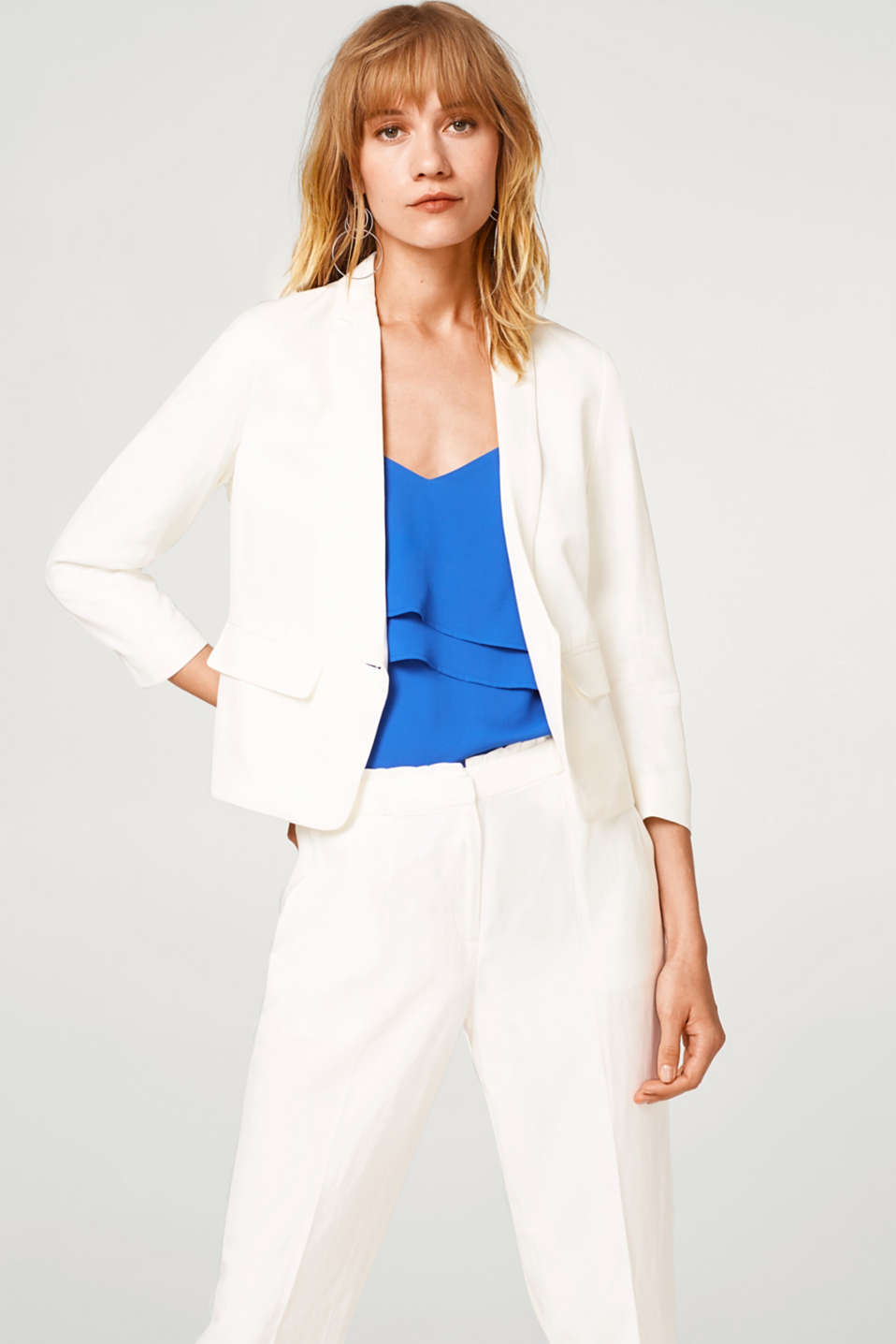 Esprit - FEMININE STYLE mix + match blazer with frills