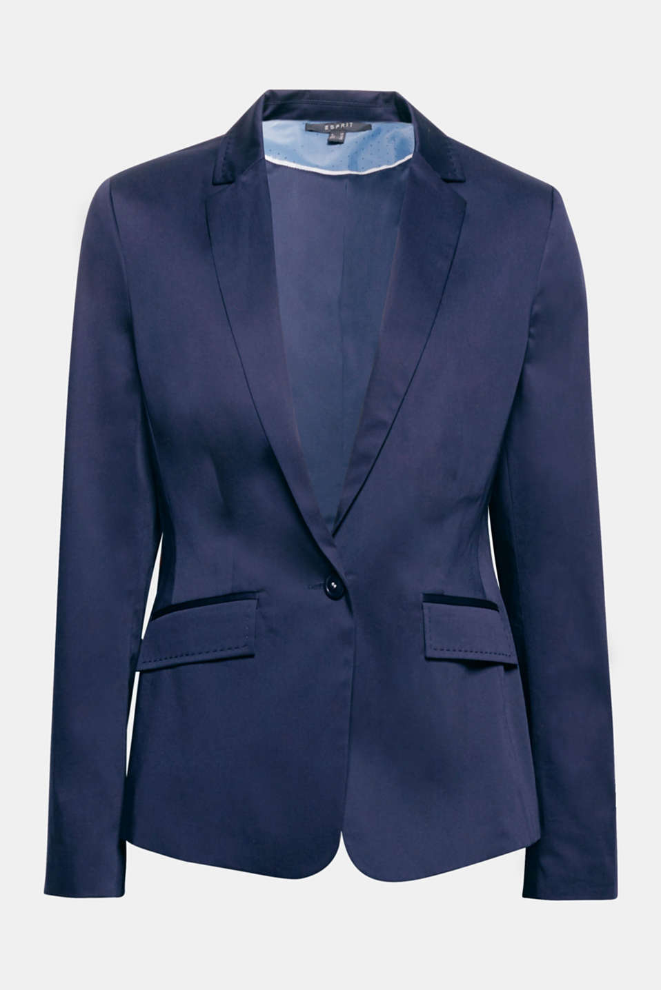 The subtle sheen and tonal embroidery on the lapel and pockets give this fitted stretch blazer its modern chic look!