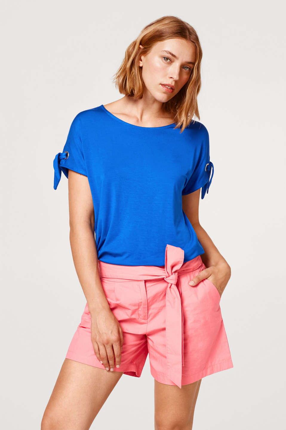 Esprit - Stretch T-shirt with bows at the sleeves