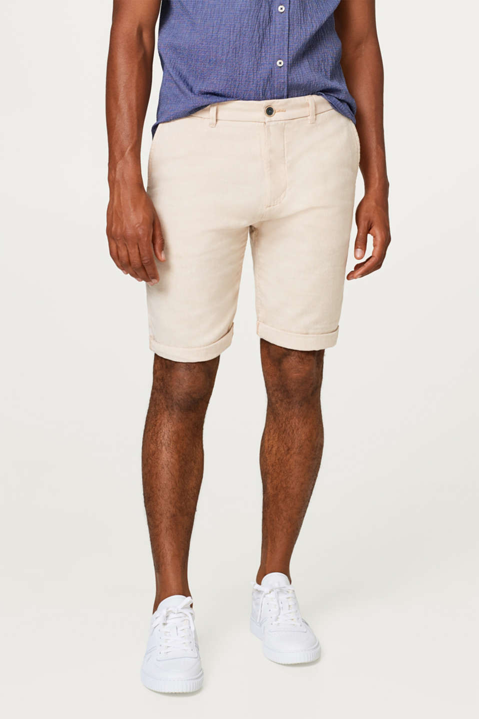 Esprit - Linen blend: finely textured shorts