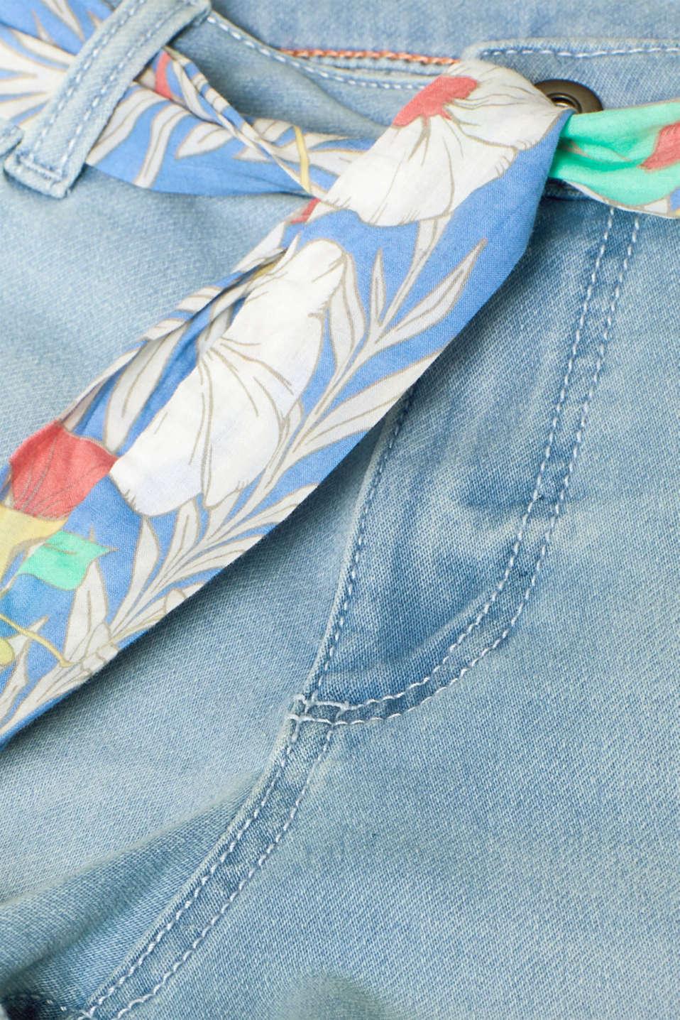 Denim shorts made of tracksuit denim with a belt, BLUE LIGHT WASH, detail image number 4