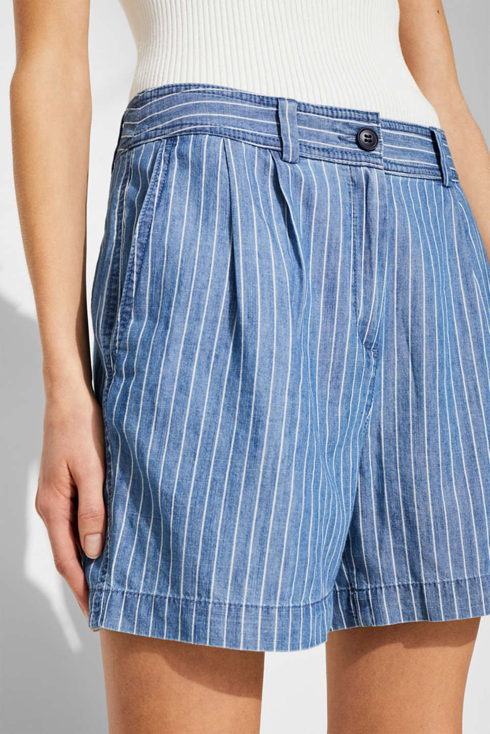 Striped, denim-effect shorts made of blended lyocell, GREY BLUE, detail image number 2