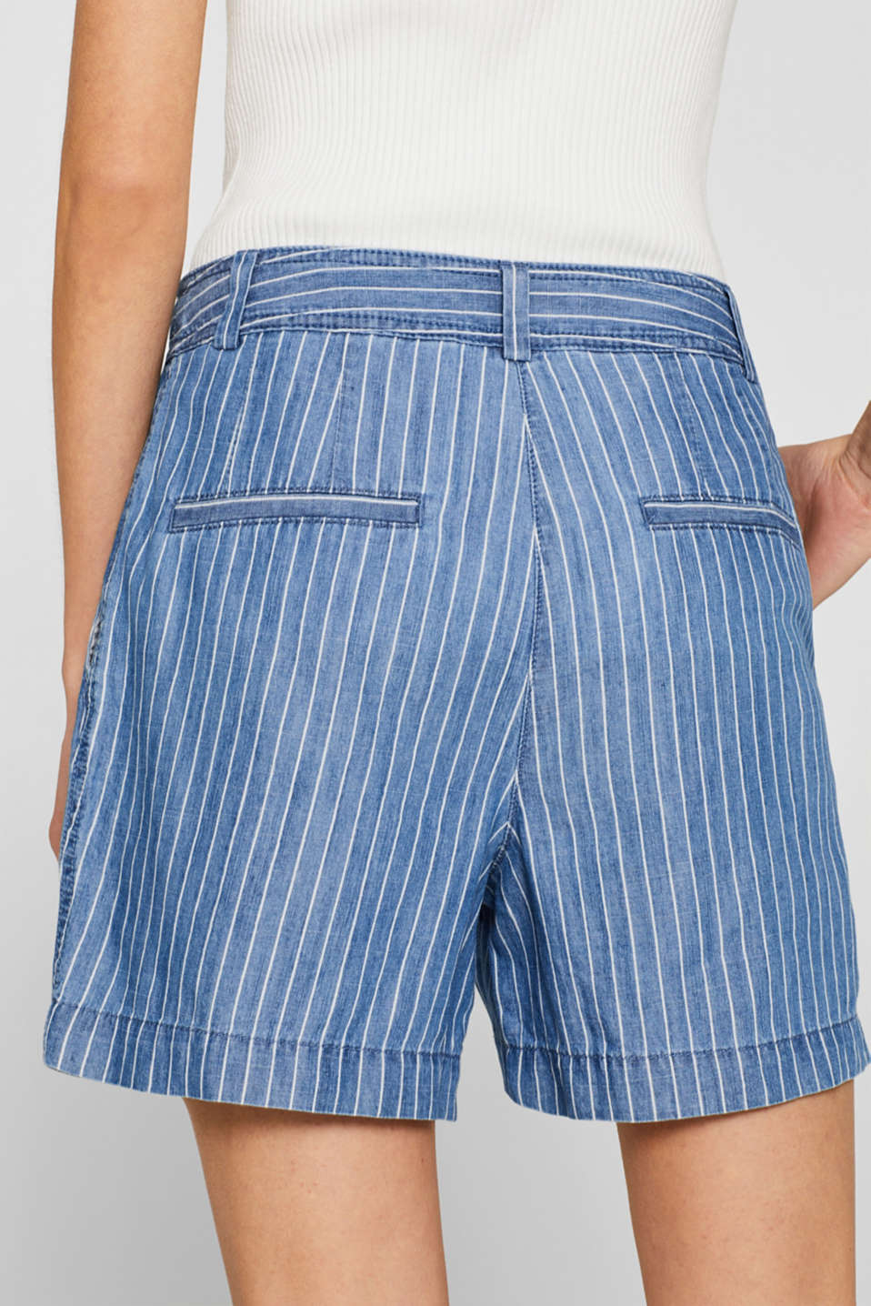 Striped, denim-effect shorts made of blended lyocell, GREY BLUE, detail image number 5