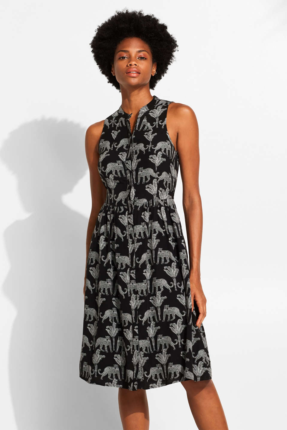 edc - Woven dress with a cheetah/palm print