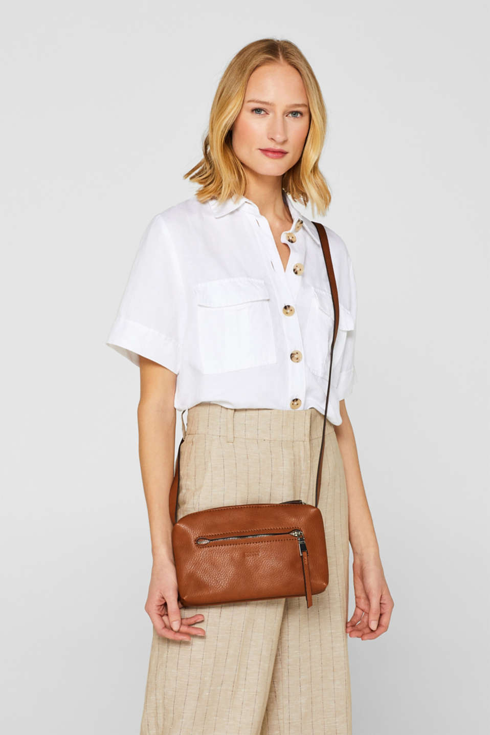 Small faux leather shoulder bag, RUST BROWN, detail image number 1