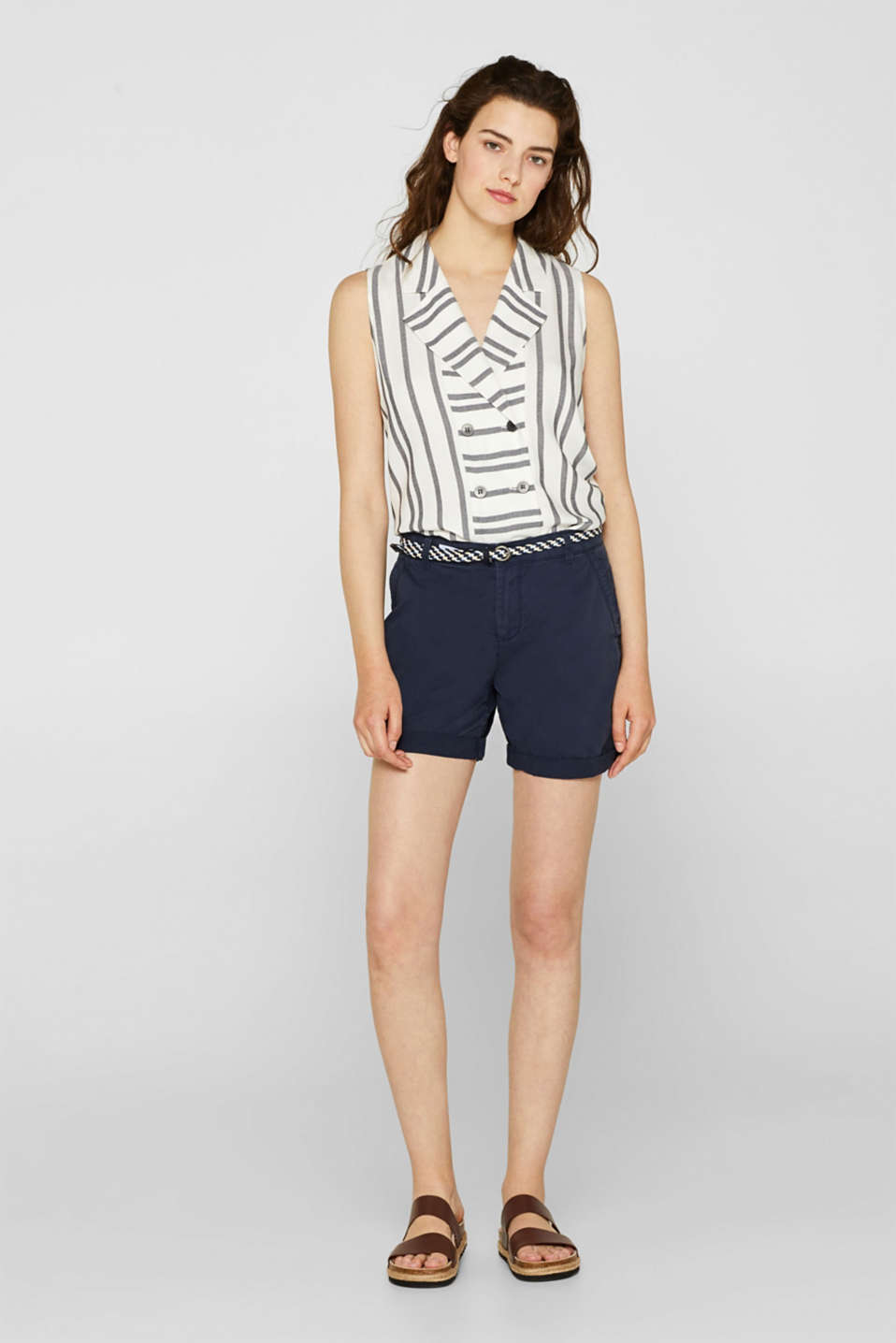 Shorts in a garment-washed look, 100% cotton, NAVY, detail image number 1