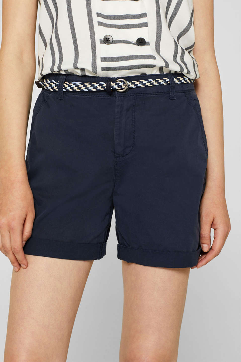 Shorts in a garment-washed look, 100% cotton, NAVY, detail image number 2