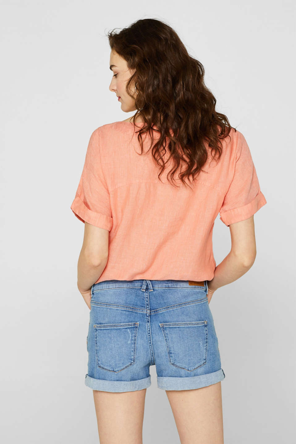 Stretch denim shorts containing organic cotton, BLUE LIGHT WASH, detail image number 2