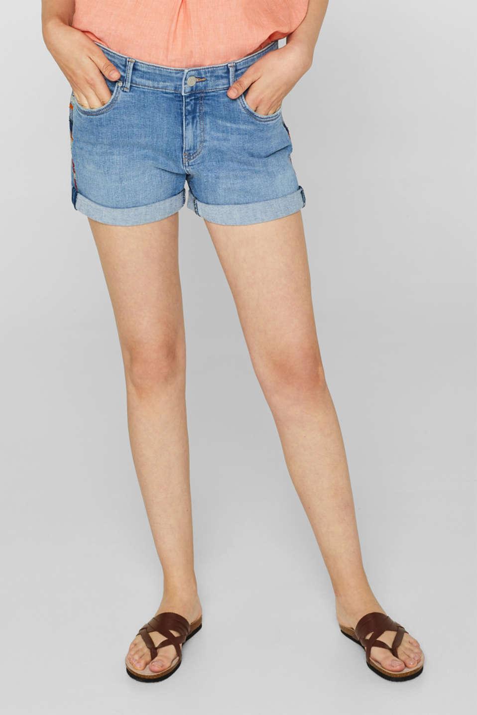 Stretch denim shorts containing organic cotton, BLUE LIGHT WASH, detail image number 4