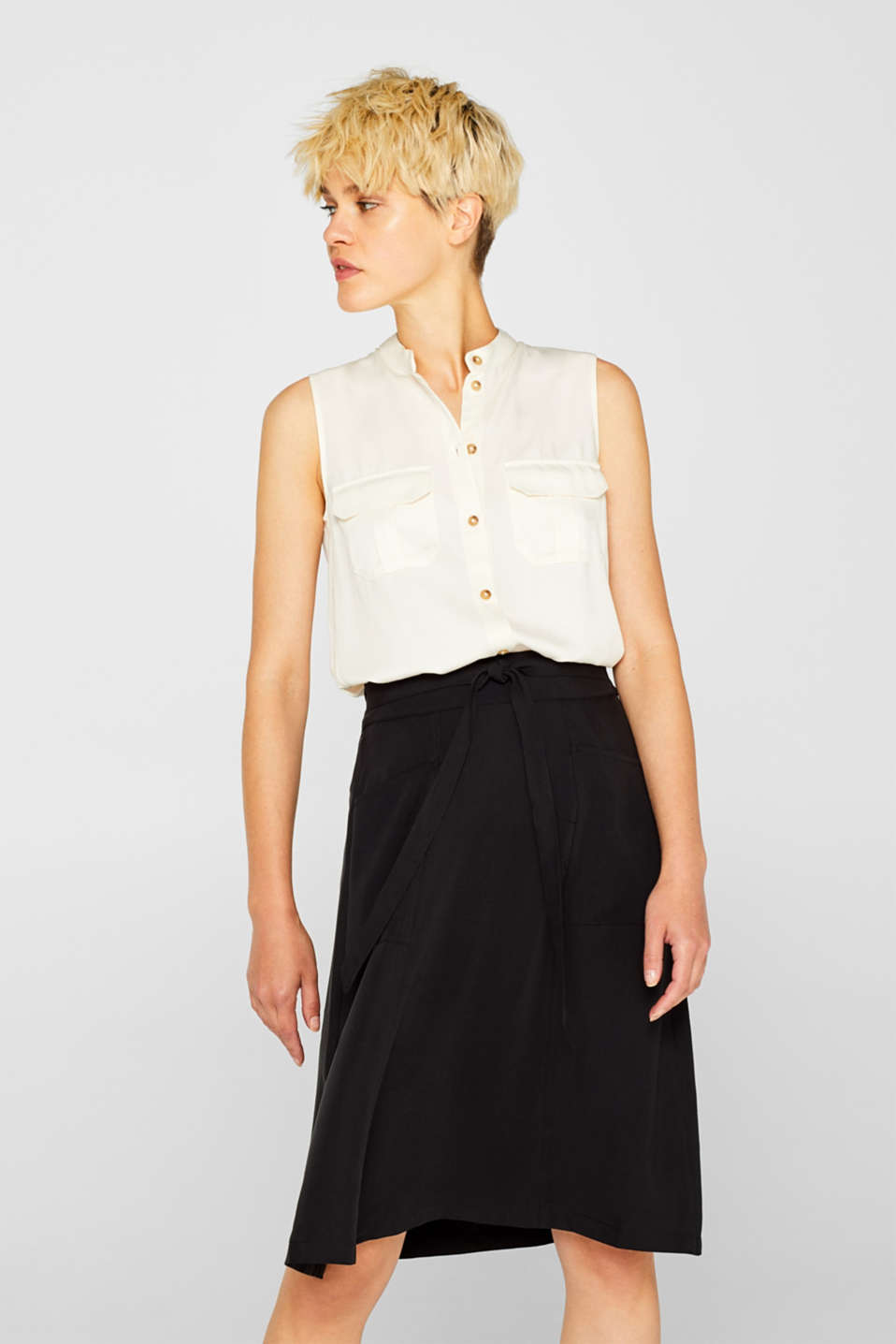 Esprit - A-line skirt with pockets, 100% lyocell