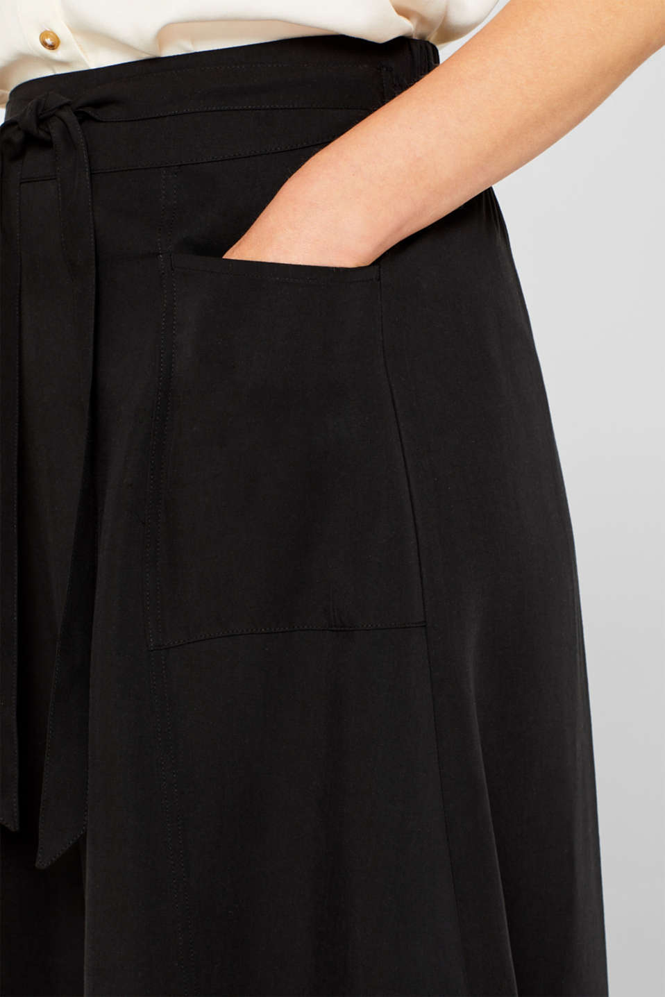 A-line skirt with pockets, 100% lyocell, BLACK, detail image number 2